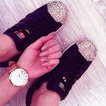 Adidas Fashion Casual Shamrock SUPERSTAR metal shell head shining shoes Black+Golden cap Black G