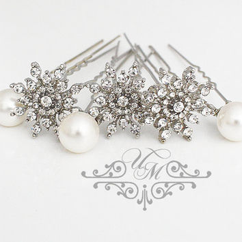 Set of 6 Hair pins Wedding Headpieces Rhinestone snowflake Swarovski pearl hair pins Bridal hair pins Snowflake Headpieces - EALD
