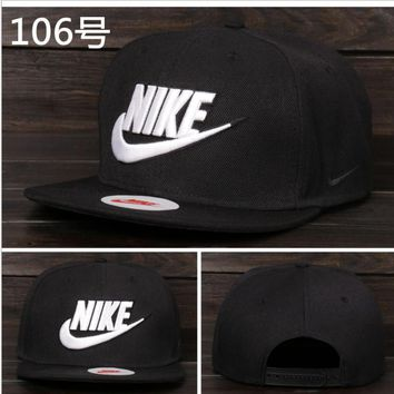 Nike Tech Swoosh Cap, Black/White, Size can be adjusted Black