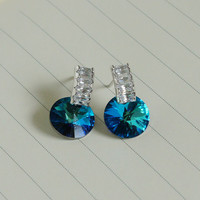 arch bridge shape crystal with a dangle blue crystal silver earring