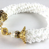 Kumihimo Magatama White Pearl Bracelet - Opaque Pearl - Crystal - Magnetic Clasp