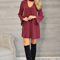 * Capree Keyhole Dress : Wine