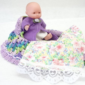 hand crocheted, cradle purse, itty bitty baby, doll, church purse, green lavender   BG89