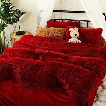 Full Size Hot Red Super Soft Plush Luxury 4-Piece Fluffy Bedding Sets/Duvet Cover