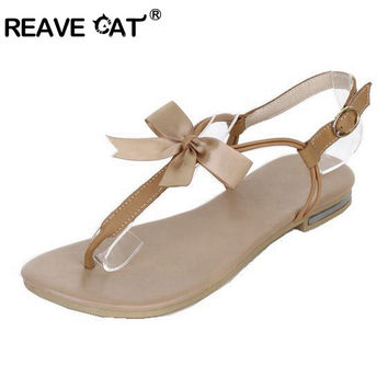 REAVE CAT PU leather Summer Women sandals Solid Soft leather Sweets Fashion Size 34-39 Apricot Beige Cute Hot sale Bowtie QL3461