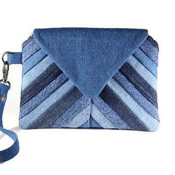 Denim Chevron Wristlet, Small Handbag, Blue Patchwork Wristlet Wallet, Casual and Comfortable Hand Bag