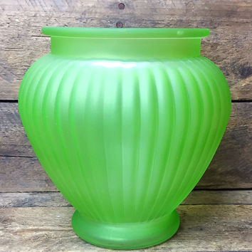"""Napco 6"""" Lime Green Frosted Rib Glass Vase"""