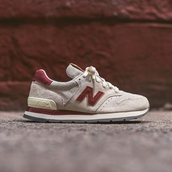 New Balance 995 - Angora / Mercury Red