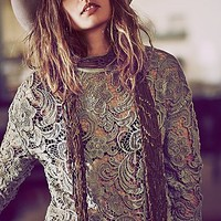 New Romantics Womens New Romantics Washed Lace Pullover