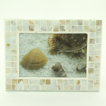 """Mother of Pearl Mosaic Tile 5"""" X 7"""" Photo Frame"""