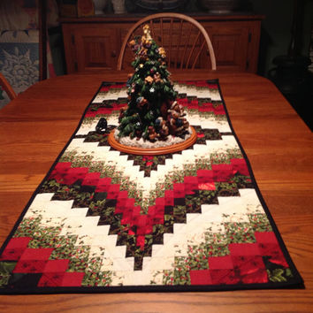 Christmas Bargello Table Runner