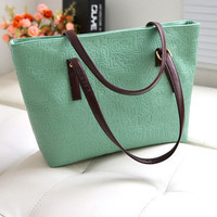 Women Classical Fashion One Shoulder Tote Bag On Sale = 4432166020