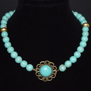 Gold Acent Turquoise Pendant Necklace