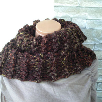 Chunky Knit  Scarf Outlander Inspried  Claire Fraser Cowl    Womens Circle Scarf     Cowl  Brown Cowl    winter Fall Fashion Accessories