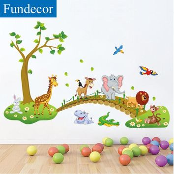 [Fundecor] cartoon diy horse giraffe animals across the bridge wall stickers for kids room baby children mural decal home decor