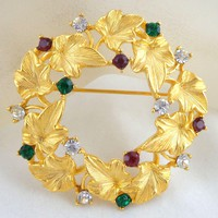 Vintage MJ ENT MJ Enterprises Ivy & Rhinestone Holiday Christmas Wreath Pin