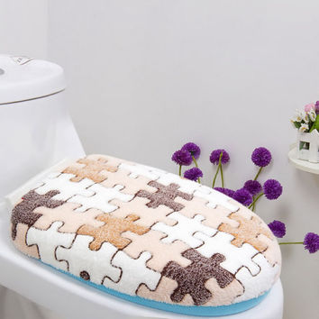 Soft Comfortable Coral Fleece Thicken Bathroom Toilet Seats & Lid Cover Set Khaki Puzzle Free Shipping NG4S
