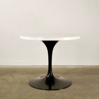 Authentic Knoll Eero Saarinen Tulip Dining Table Gloss Black