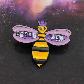 Shiny Bee Brooch Sparkling Purple Crown Queen Bee Cartoon Enamel Pin Backpack Hat Badge Accessories Girl Jewelry Friends Gifts