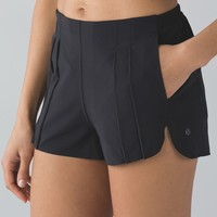 Lululemon &go Endeavor Short - Black - lulu fanatics