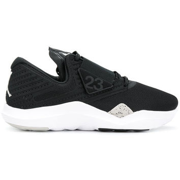 Nike Jordan Relentless Sneakers - Farfetch