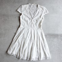 so baroque about you romantic short sleeve lace dress [womens]