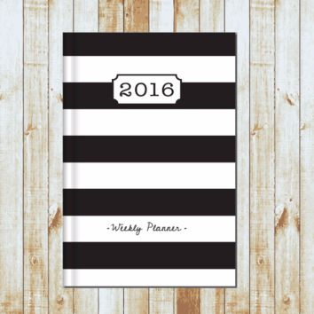 2016/2017 Weekly Planner- BW Stripe