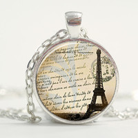 Pendant with Chain - Eiffel Tower silver Pendant Valentine's Day