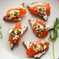 Smoked Salmon on Toast Points