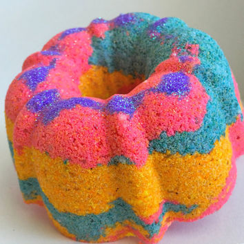Fairy Garden Bath Bomb; Doughnut Bath Bomb; donut bath bomb; foaming bath bomb; colorful bath bomb; gift; bath art