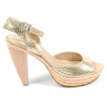 Nine West Womens Ankle Strap Sandal NWCASTING LTGOLD LTGOL