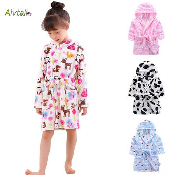 Aivtalk 2017 Children's Robes for 3-7Yrs Baby Kids Pajamas Boys Girls Cartoon Sleepwear Bathrobes Kids Hooded Soft Baby Clothes