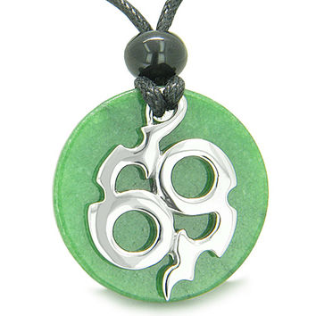 Amulet Infinity Symbol Magic Fire Energy Green Quartz Good Luck Power Pendant Necklace