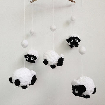Baby mobile - Amigurumi Cute Counting Black Sheep, Sheep baby mobile,Crib mobile, nursery decor,Sheep crochet mobile, Sheep crochet mobile
