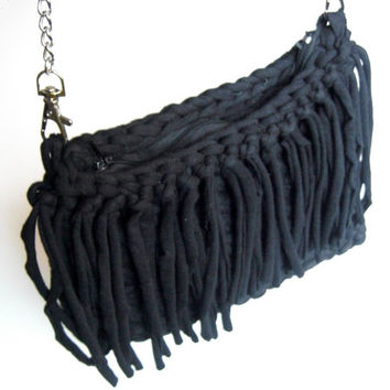 Black Cotton Clutch, Black Fringe Clutch, Black Fringe Bag, Black Tshirt Yarn Clutch, Black Tshirt Yarn Bag, Black Crochet bag, Knitted bag