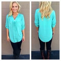 Mint 3/4 Sleeve Double Pocket Blouse