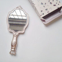 o Heat Sell French Makeup Mirror Hand Take Mirror Noble Restore Ancient Ways Court Mirror Japanese Princess Wind Portable
