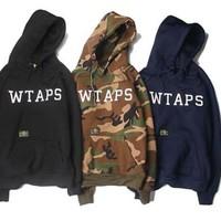 WTAPS Camouflage Hoodie Men Print Purpose Tour Palace Skateboards Sweatshirt Men Pocket Thick Cotton Kanye west tracksuit