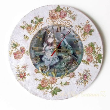 """Shabby Chic Decoupage Handmade Wall Clock on vinyl record 12,5 """" (30 cm) Antique Style Vintage Dating home decor craquelure Roses ornament"""