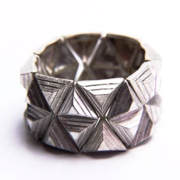 Brushed Geometric Stretch Bracelet