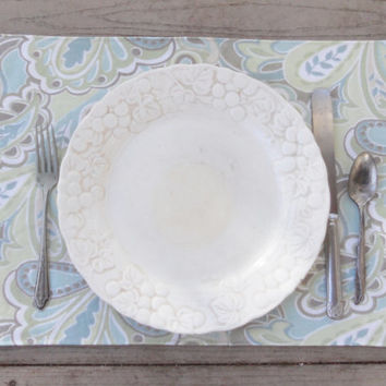 Modern Shabby Chic Reversible Placemats, Set of 4, Spring, Paisley, Cottage Chic Placemats, Home Decor