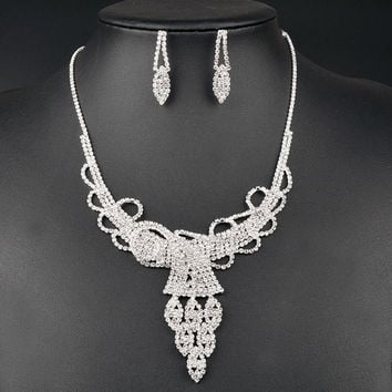 Rhinestoned Hollow Out Wedding Jewelry Set