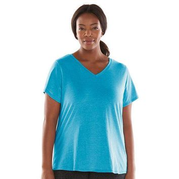 CREY7GX Tek Gear Performance V-Neck Tee - Women's Plus Size Size