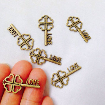 10 Lucky Clover with Love Key Charms Antique Bronze Tone