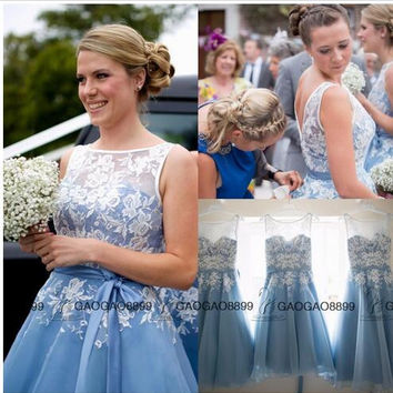 Sheer Scoop Sleeveless Baby Blue Short Bridesmaid Dresses 2017 Knee Length A Line White Lace Wedding Party Gowns with Satin Sash