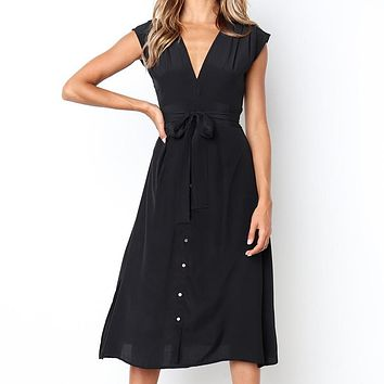 2019 summer hot new fashion butterfly lace short-sleeved sexy deep V-neck princess dress black
