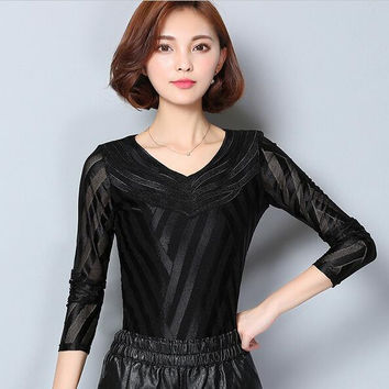 2016 autumn new lace long-sleeved lace tops Slim sexy Hollow out shirt fashion lady stitching blouse shirt women clothing