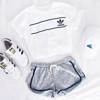 adidas originals retro logo tee-1