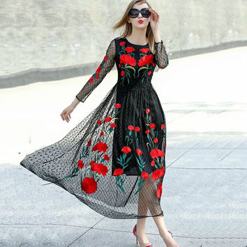 Casual Dresses 2017 Winter New Fashion New Long Sleeve Sexy Mesh Carnation Embroidery Slim Black Long Dress