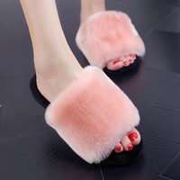 Women Winter Shoes Slippers Comfortable Fur Indoor Shoes Wool Flats Plush Home Footwear Flats Fashion House Slippers Plus Size